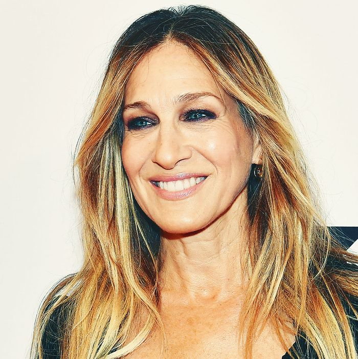 Sarah Jessica Parker Wedding Gown: Sarah Jessica Parker Launches Wedding Collection With Gilt