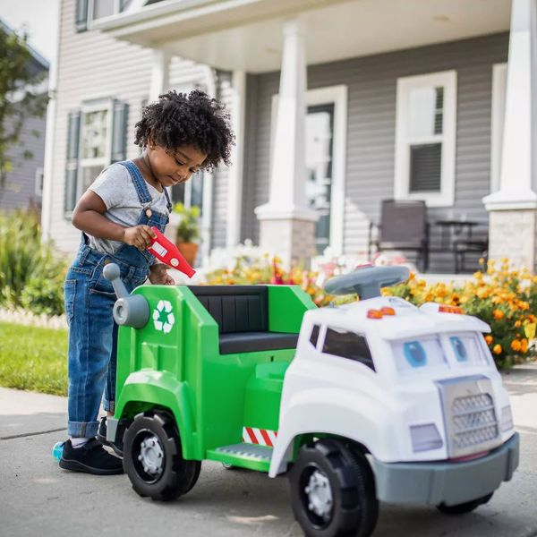 KidTrax Interactive Recycling Truck Powered Ride-On