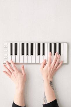 Artesia Xkey 25 USB Portable Keyboard