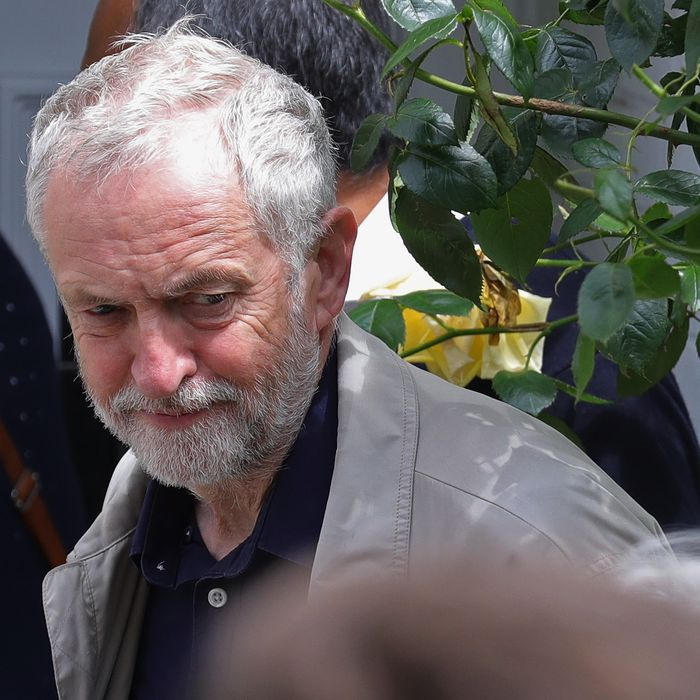 Labour Leader Jeremy Corbyn Faces Mass Shadow Cabinet Resignations Following EU Brexit