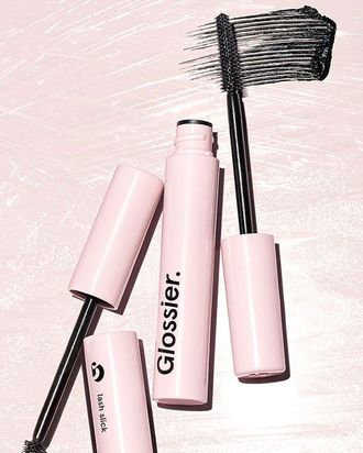 e6dce575afb 5 Women Review Glossier's New Mascara Lash Slick