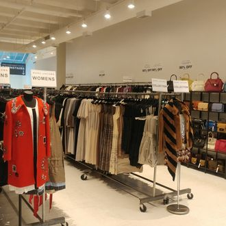 best website 5765e 5e1cd Shop the Marc Jacobs Sample Sale a Day Early