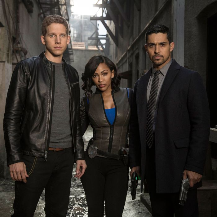 """MINORITY REPORT: L-R: Stark Sands, Meagan Good and Wilmer Valderrama in the all-new """"The American Dream"""" episode of MINORITY REPORT airing Monday, Nov. 16 (9:00-10:00 PM ET/PT) on FOX. © 2015 Fox Broadcasting Co. Cr.: Katie Yu / FOX."""