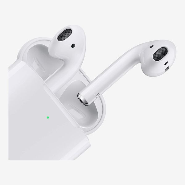Apple Certified Refurbished AirPods With Wireless Charging Case