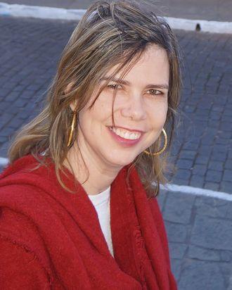 Dr. Adriana Melo.