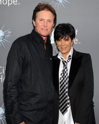 UNIVERSAL CITY, CA - MAY 07: Bruce Jenner, Kris Kardashian arrive for the City of Hope honoring Shelli And Irving Azoff with the 2011 Spirit of Life award at Universal Studios Hollywood on May 7, 2011 in Universal City, California. (Photo by John Sciulli/Getty Images For City of Hope) *** Local Caption *** Bruce Jenner;Kris Kardashian;