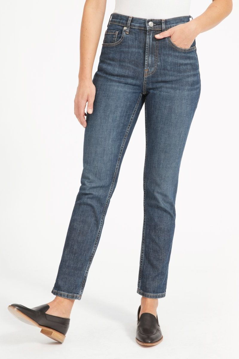 Everlane The Cheeky Straight Jean