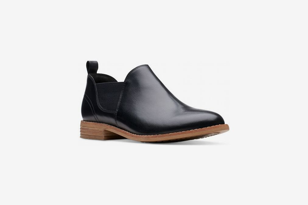 Clarks Collection Women's Edenvale Page Booties