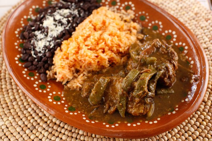 Costillas con nopales: pork ribs and cactus in salsa.