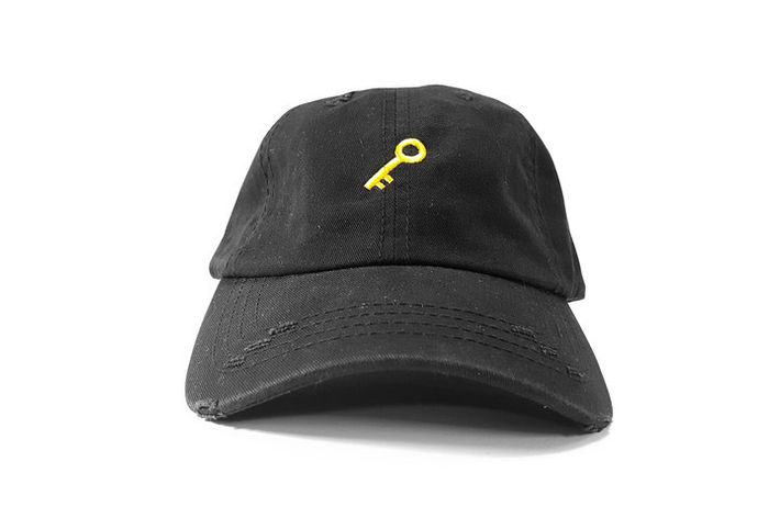 Where to Get Rihanna\'s Dad Hat