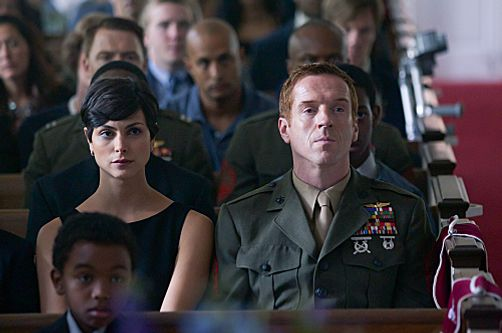 "Morena Baccarin as Jessica Brody and Damien Lewis as Nicholas ""Nick"" Brody in Homeland (episode 6) - Photo: Kent Smith/SHOWTIME - Photo ID: homeland_105_0053"