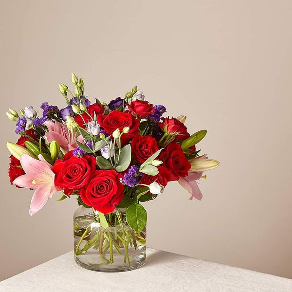 FTD Deluxe Truly Stunning Bouquet