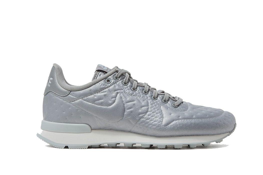 silver astronaut shoes - photo #28