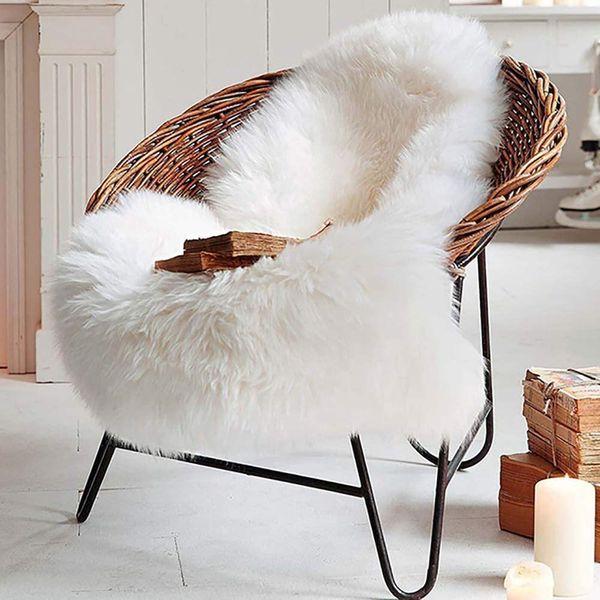 LOCHAS Deluxe Super Soft Fluffy Shaggy Home Decor Faux Sheepskin Rug