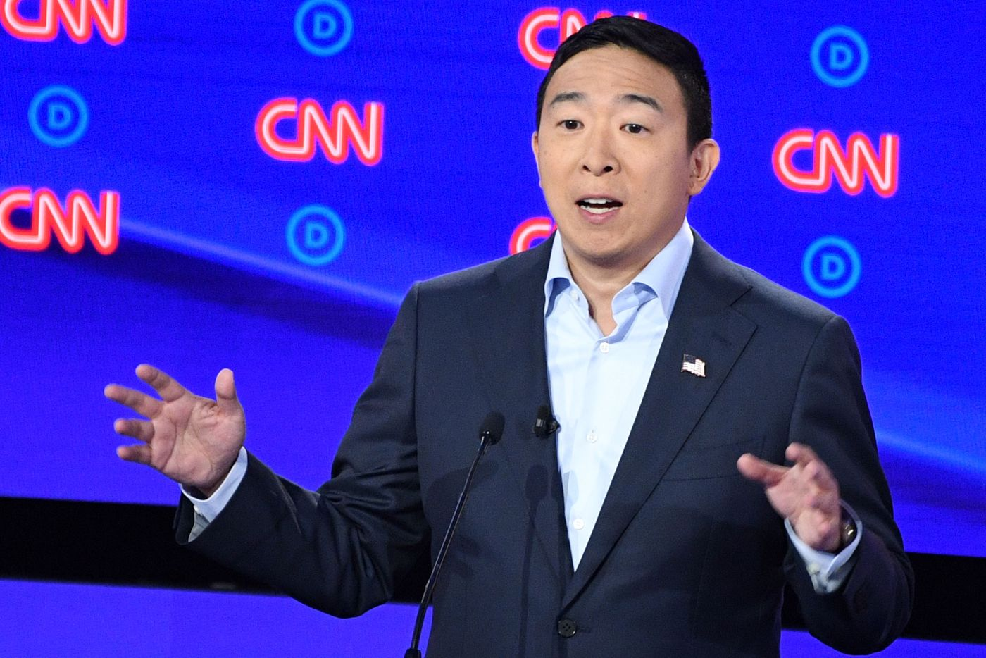 Is Andrew Yang the Doomer Candidate? thumbnail