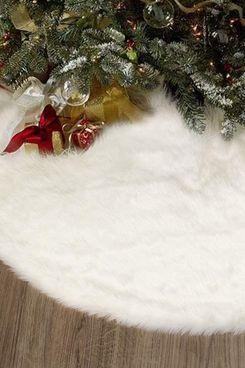 White Plush Faux-Fur Christmas Tree Skirt