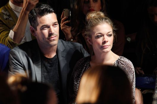 NEW YORK, NY - SEPTEMBER 10:  Eddie Cibrian and Leann Rimes attend the Monique Lhuillier Spring 2012 fashion show during Mercedes-Benz Fashion Week at The Theater at Lincoln Center on September 10, 2011 in New York City.  (Photo by Cindy Ord/Getty Images  for Mercedes-Benz Fashion Week)