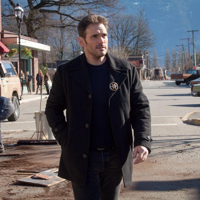 WAYWARD PINES: Ethan (Matt Dillon) in the