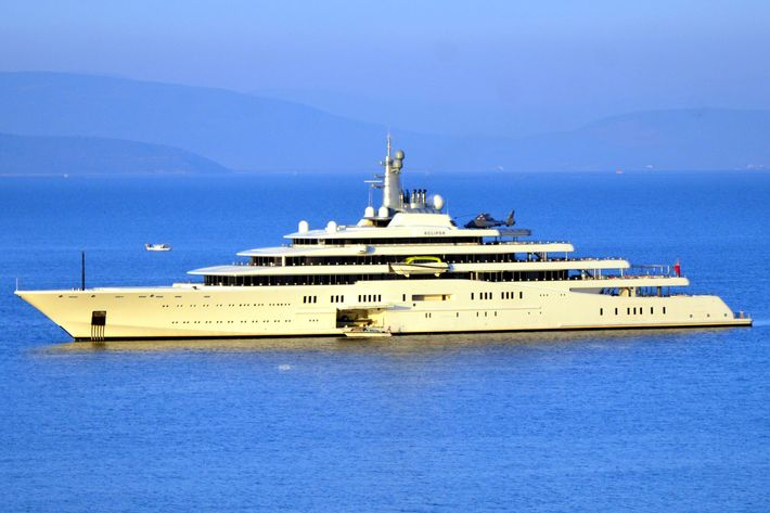 Roman Abramovich, Russian billionaire and the owner of the Chelsea FC, arrives in Bodrum, Turkey with a luxury yacht on October 10, 2013. Ukranian businessman and the former co-owner of UkrSibbank Oleksandr Yaroslavsky accompanies the Russian billionaire. Abromovich later on, moves to his private yacht called ''Eclipse''which includes three swimming pool, a movie theater and two mini-submarines that anchored in Barbaros Bay of Yali district.