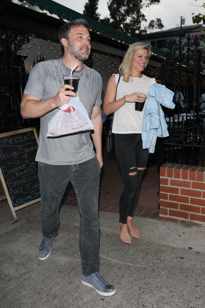 47 Times Ben Affleck And Lindsay Shookus Got Iced Coffee