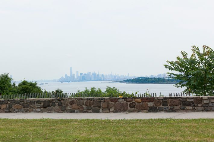 fort wadsworth camping staten island