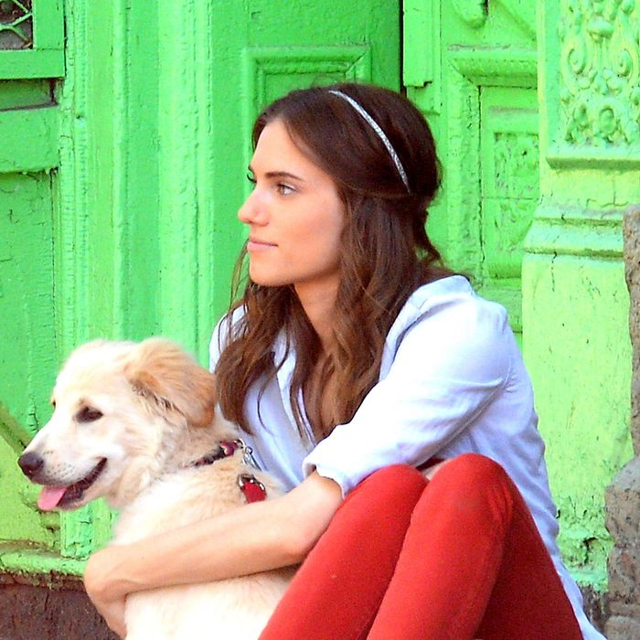 Allison Williams and her dog, Moxie, last summer. Photo: Raymond Hall/GC Images