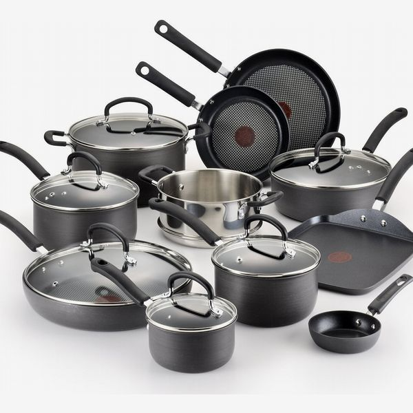 17 Best Cookware Sets 2020 | The Strategist | New York Magazine