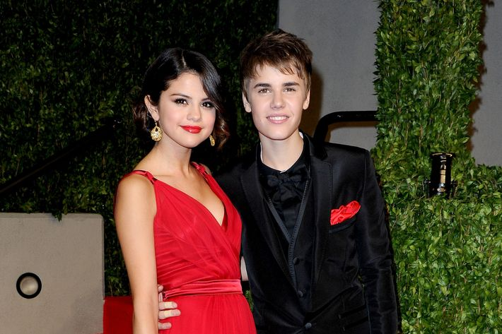 Justin Bieber and Selena Gomez, all dressed up.