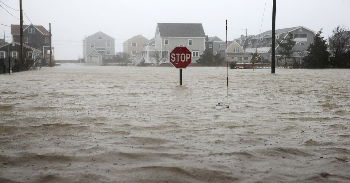 Storm Slams East Coast With Floods, Snow, and 'Windmageddon'