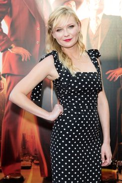 "SYDNEY, AUSTRALIA - NOVEMBER 24: Kirsten Dunst arrives at the ""Anchorman 2: The Legend Continues"" Australian premiere on November 24, 2013 in Sydney, Australia.  (Photo by Caroline McCredie/Getty Images for Paramount Pictures International)"