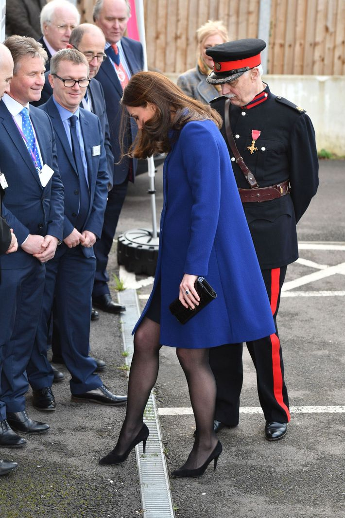 7ca0dcdee Kate Middleton and heel. Photo  Tim Rooke REX Shutterstock Tim  Rooke REX Shutterstock