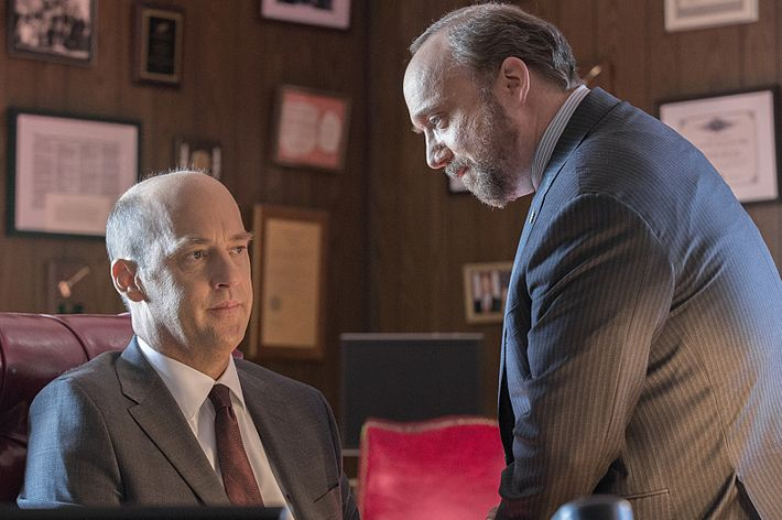 Paul Giamatti as Chuck Rhoades and Anthony Edwards as Judge Wilcox.