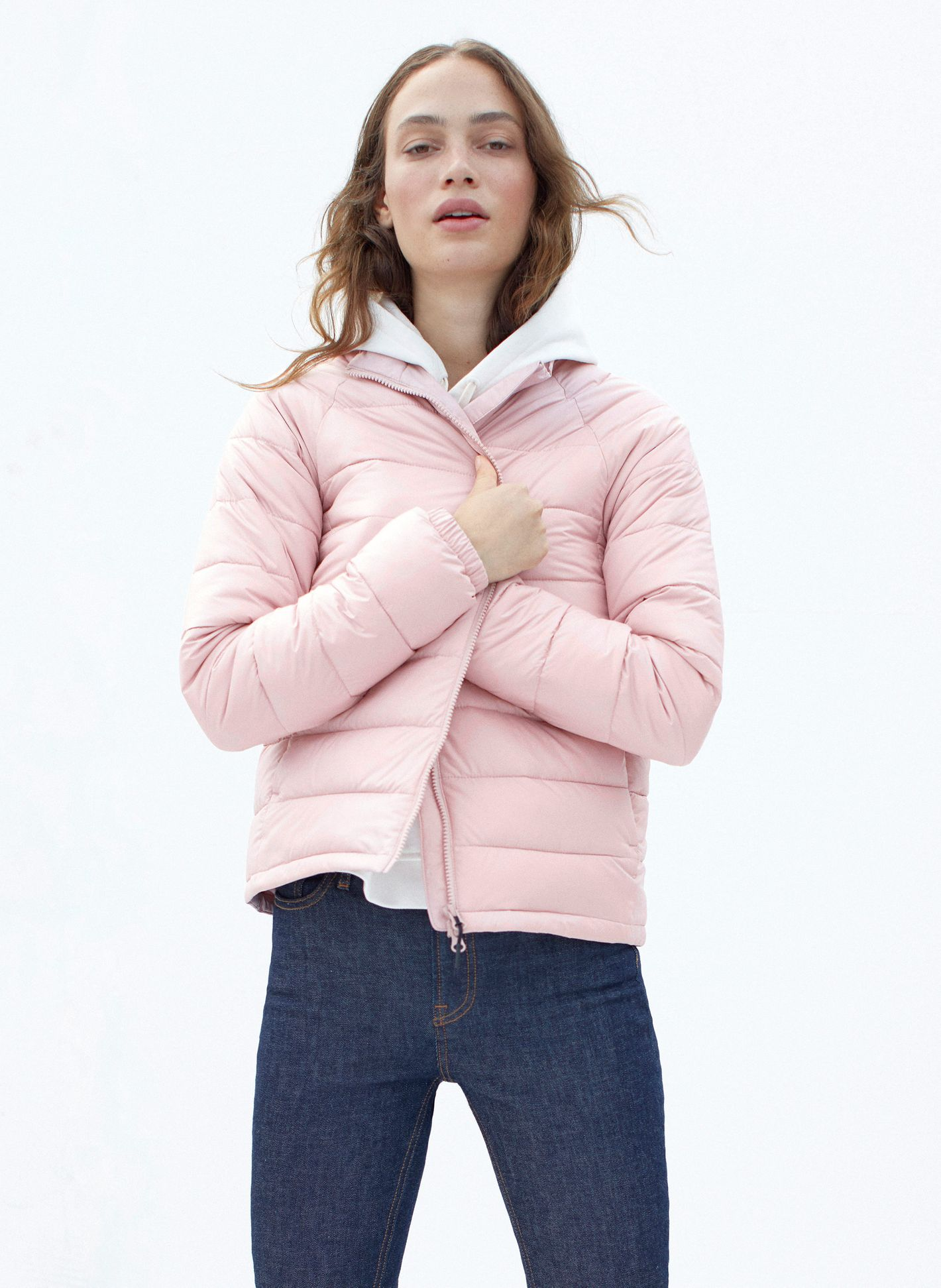 Everlane Lightweight Puffer