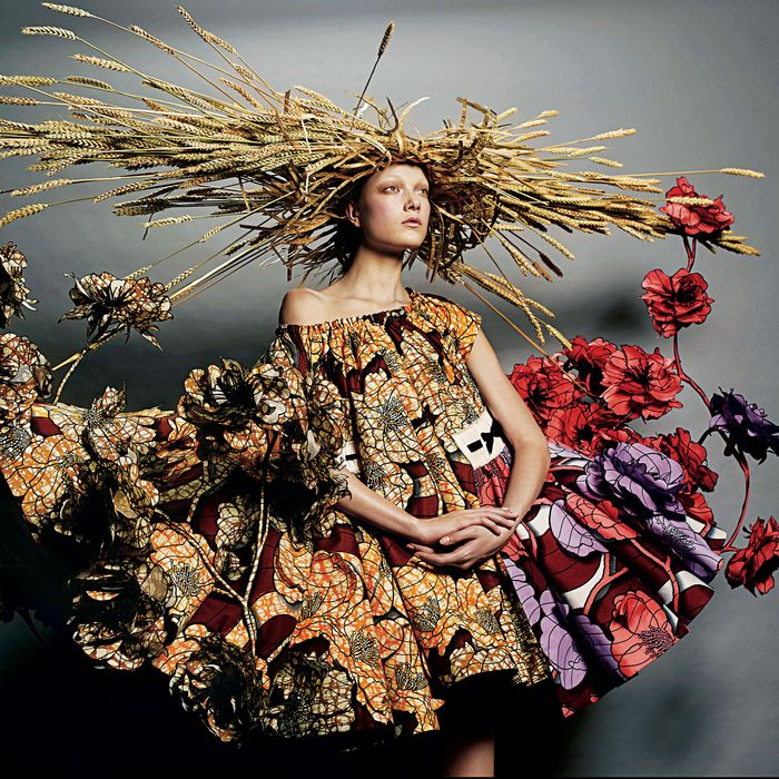 Viktor & Rolf haute couture, inspired by the paintings of Vincent van Gogh.
