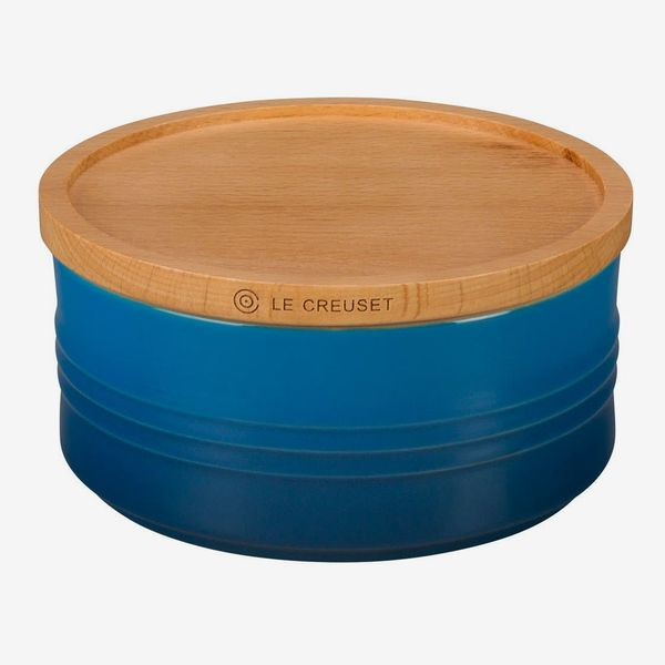 Le Creuset Glazed 23-Ounce Stoneware Storage Canister With Wooden Lid