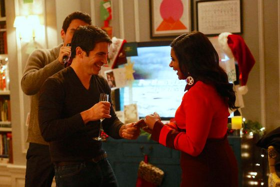 "THE MINDY PROJECT: Danny (Chris Messina, C) dances with Mindy (Mindy Kaling, R) during her Christmas party in the all-new holiday-themed ""Josh and Mindy's Christmas Party"" episode of THE MINDY PROJECT airing Tue"