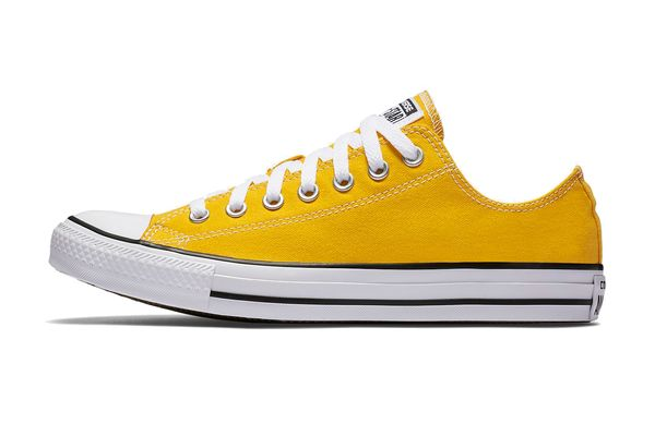 Converse Chuck Taylor All Star in Lemon