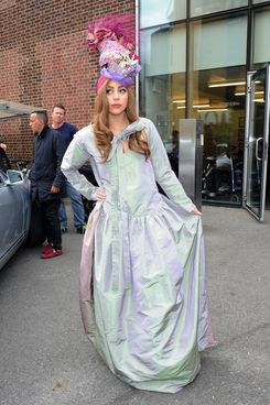 LONDON, UNITED KINGDOM - SEPTEMBER 10: Lady Gaga is sighted at the Tate Modern on September 10, 2012 in London, England. (Photo by Olga Bermejo/FilmMagic)
