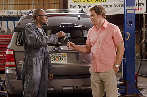 Mos Def as Brother Sam and Michael C. Hall as Dexter (Season 6, episode 3) - Photo: Randy Tepper/Showtime - Photo ID: dexter_603_0776