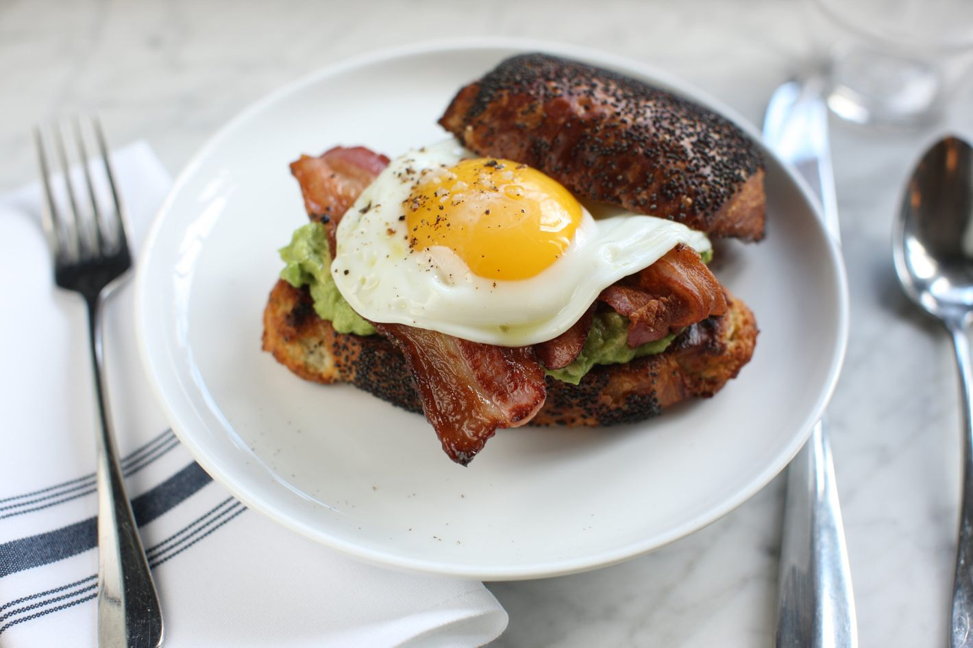 Where to eat the best brunch in nyc for Best brunch menu