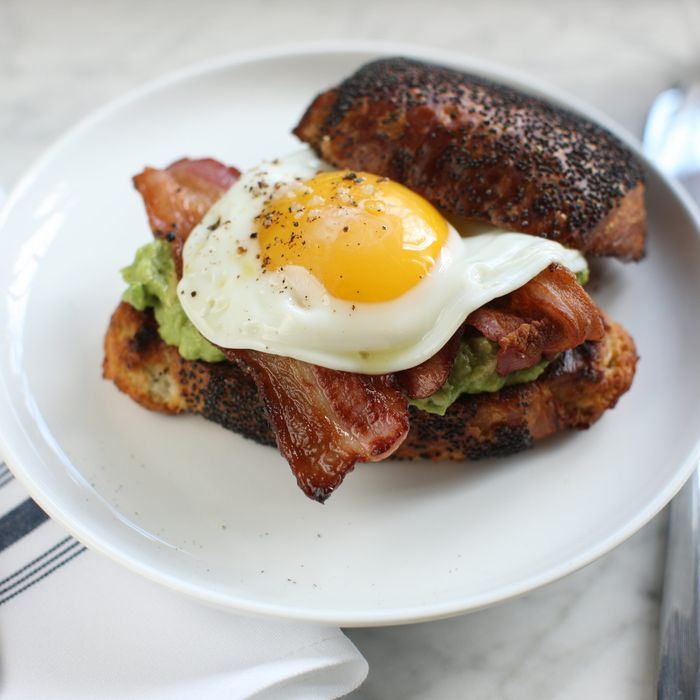 How Ignacio Mattos does an egg sandwich.
