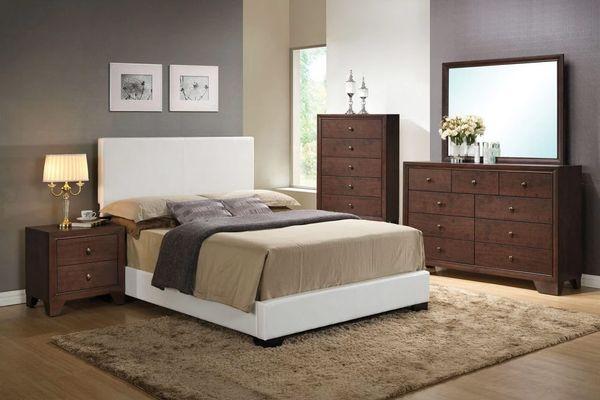 Acme Ireland III Upholstered Panel Bed