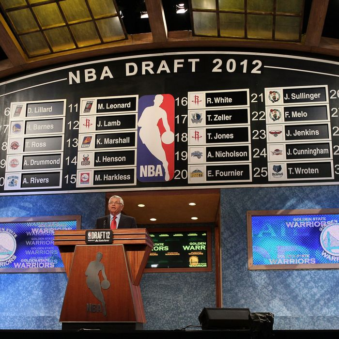 NBA Commissioner David Stern announces the number thirty overall pick by the Golden State Warriors during the first round of the 2012 NBA Draft at Prudential Center
