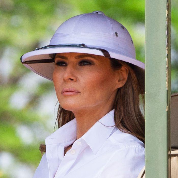 9f3d203ed9a9e Melania Trump Wears Colonial-Era Hat on Africa Trip