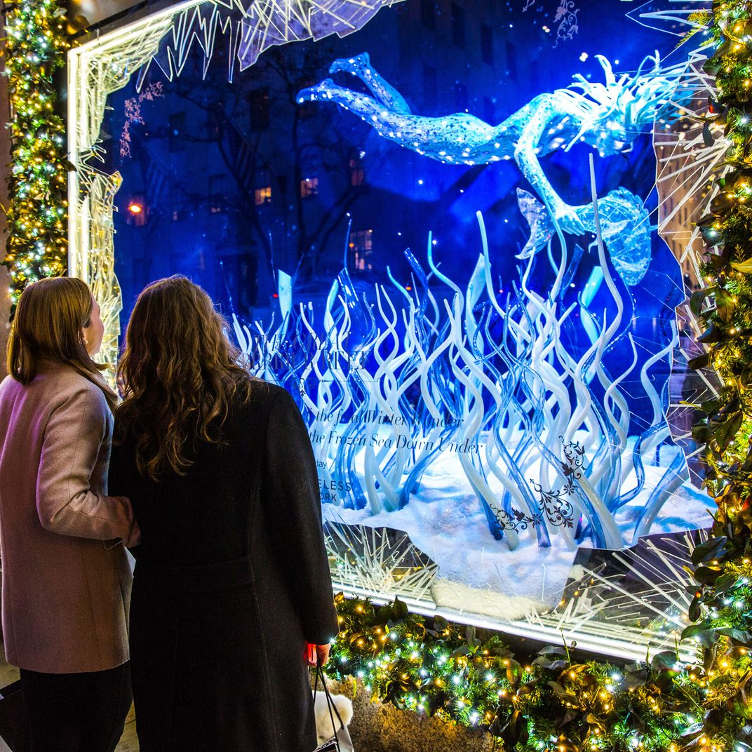 See New York\'s Sparkliest Holiday Windows
