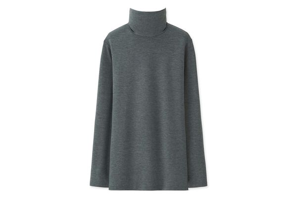 Uniqlo Heattech Turtleneck T-Shirt