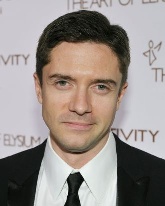 LOS ANGELES, CA - JANUARY 14: Actor Topher Grace arrives at the 2012 Art of Elysium Heaven Gala at Union Station on January 14, 2012 in Los Angeles, California. (Photo by John Shearer/Getty Images for Art of Elysium)