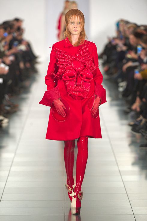 Galliano pulled off his first show for margiela the cut for Galliano margiela