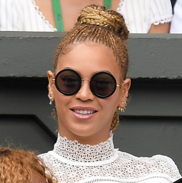 Beyoncé fears no water