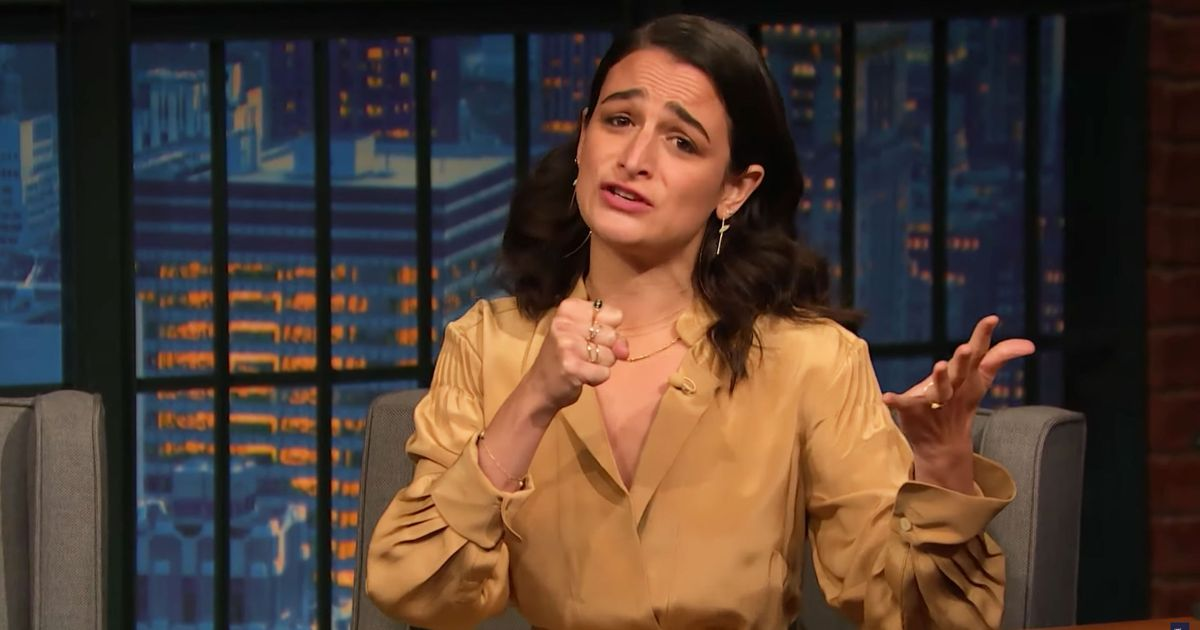 Jenny Slate's Musical Improv Won Late Night This Week